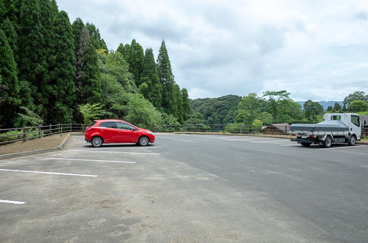 住吉池の駐車場1